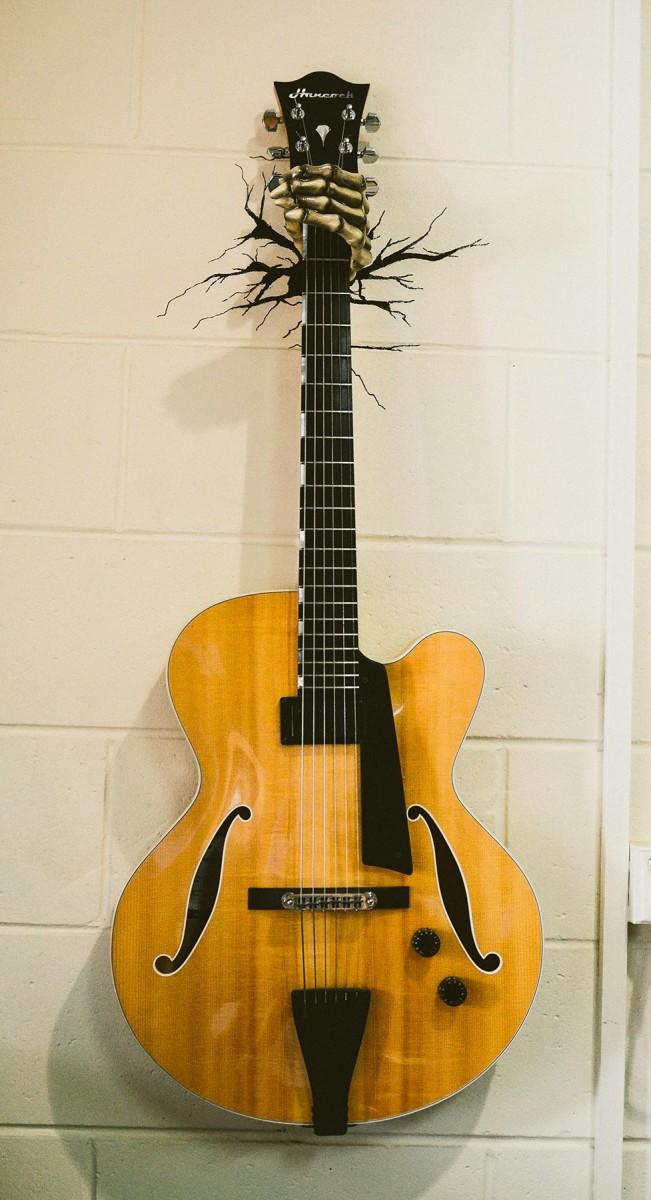 Reaper Hand Guitar Hanger